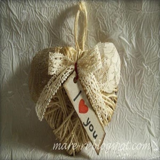 diy-cardoard-and-rope-heart