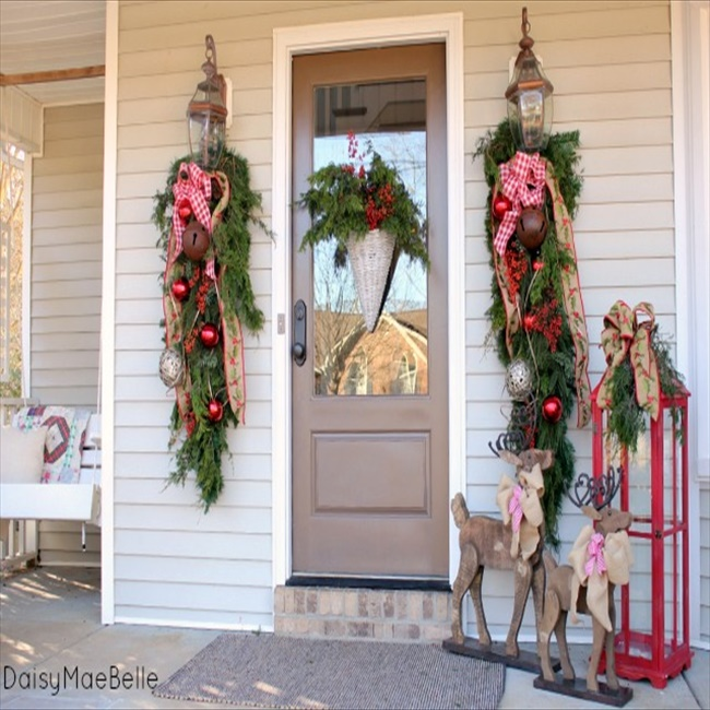 16 budget friendly diy christmas door decorations diy