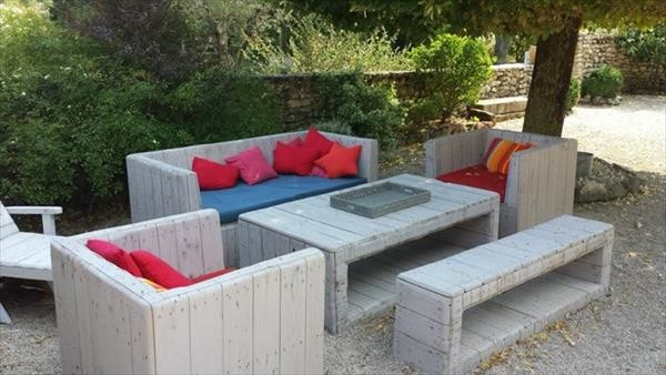 diy garden furniture 2 20 beautiful and cheap diy garden furniture ideas