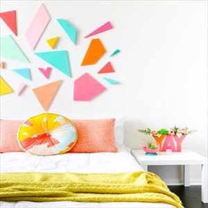 13 Amazing DIY Bedroom Décor Ideas