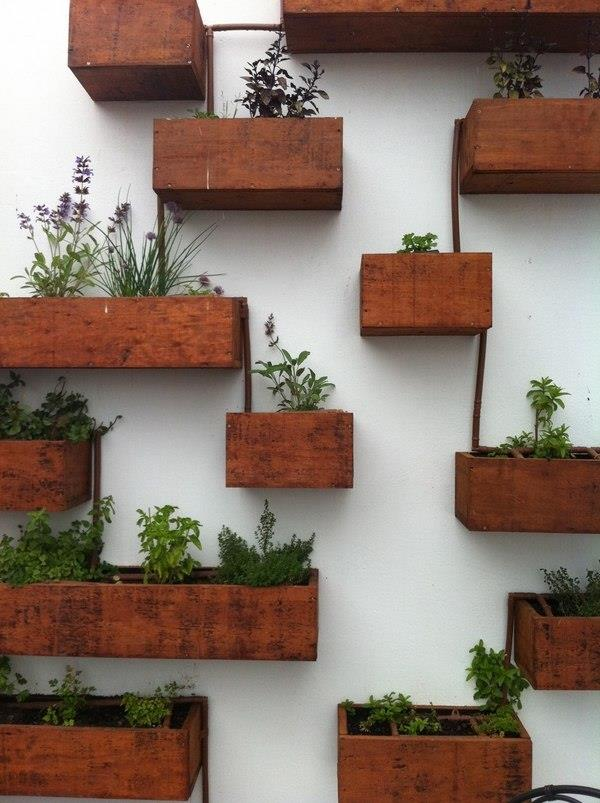 15 Outstanding Diy Wooden Planters You Can Make Your Own