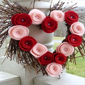 17 lovely DIY Valentine decorations ideas you can create easily