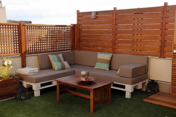 A corner sofa on the rooftop terrace Outdoor Pallet Furniture Ideas For Your Garden
