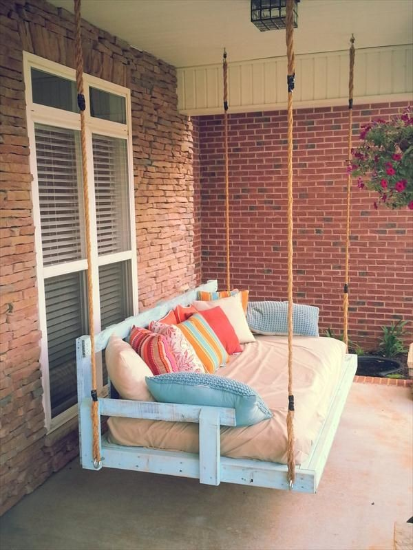 DIY Reclaimed Pallet Wood Porch Swing Outdoor Pallet Furniture Ideas For Your Garden