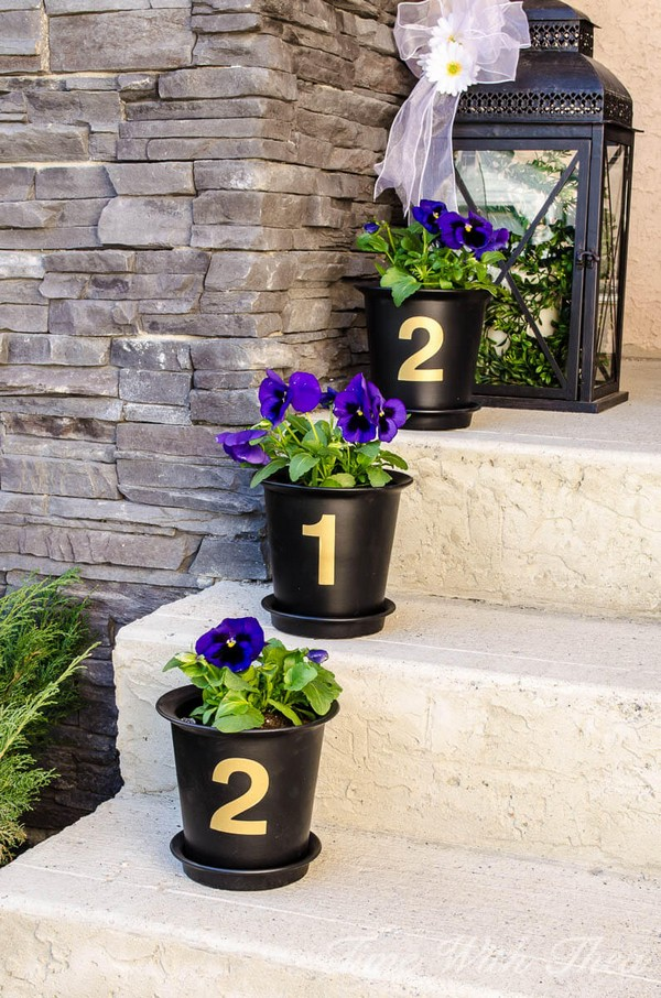 Porch-7-The-ART-In-LIFE Interesting DIY Ideas To Beautify Your Spring Porch