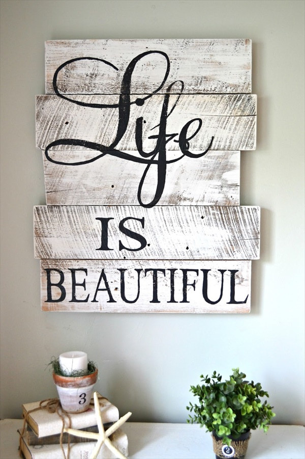 05 wood signs ideas  Amazing Wood Sign Ideas That Will Give A Rustic Look To Your Home