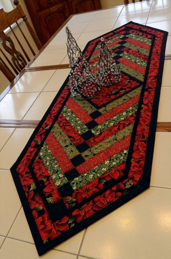 table runner 5 1 Beautiful DIY Table Runner Ideas That Will Beatify Your Home