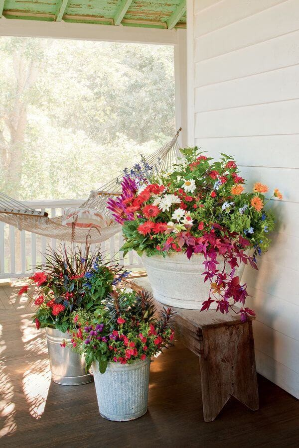 Summer Porch Decorations to Inspire You Front Door Container Gardens That Will Impress Guests