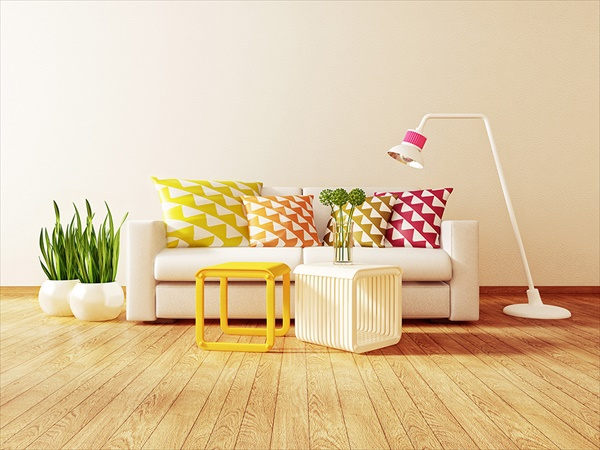 A bright and cheerful living room summer decorations