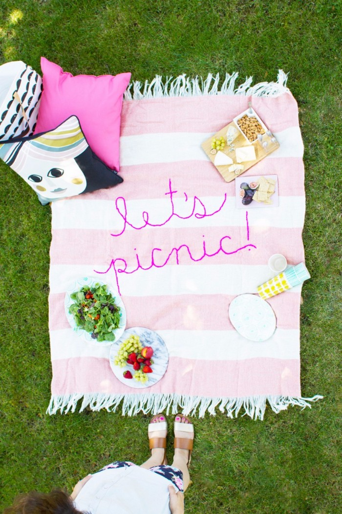 DIY Giant Embroidery Picnic Blanket 20 DIY Throw Blankets To Try This Winter