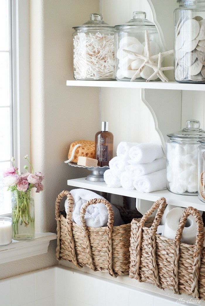 DIY Linen Shelves - Bathroom Organization