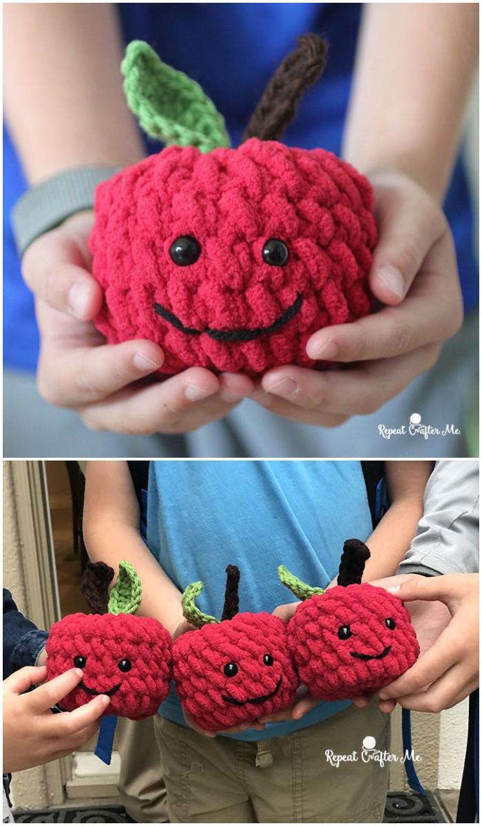crochet apple